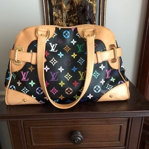 Authentic Louie Vuitton Claudia Noir